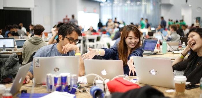 #Hackathon Game Design – Sei dabei und lerne Spieldesign und neue Leute an deiner Uni kennen!